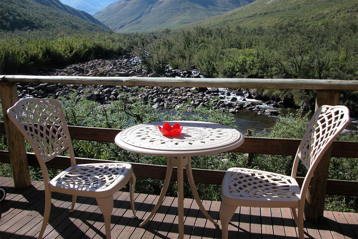 3 star River Lodge- Maliba