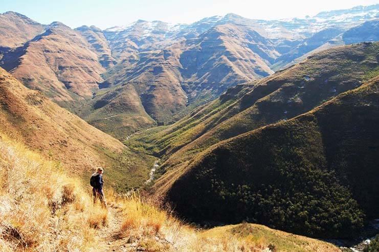 Maliba-Activities-hiking