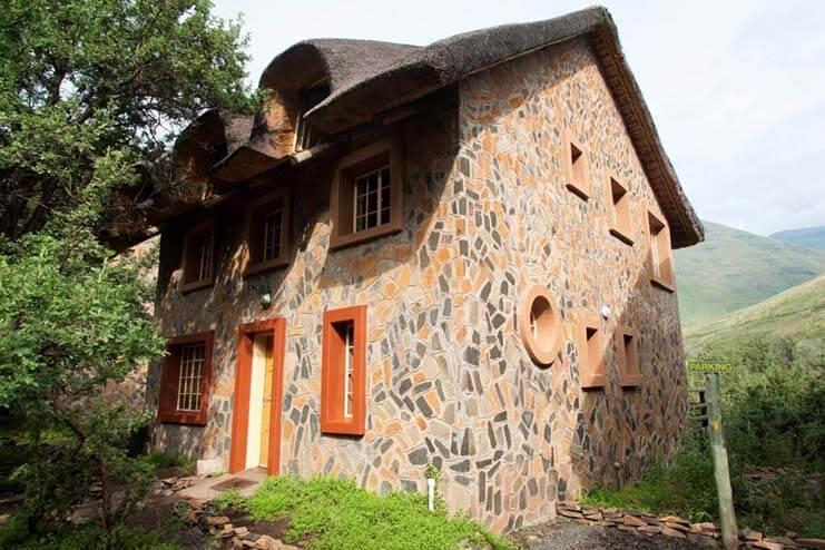 Maliba-Lodge-River-Page-2